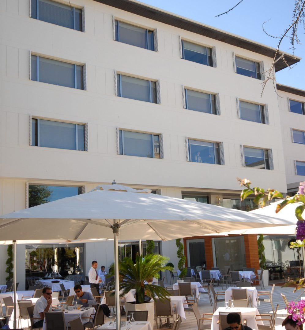 فندق كراون بلازا