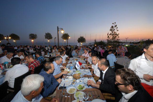iftar-yemegi-2013-2